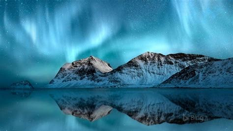 norway aurora borealis lofoten  bing wallpaper preview