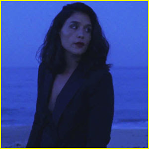 Jessie Ware Debuts Sultry 'Midnight' Music Video - Watch Here!