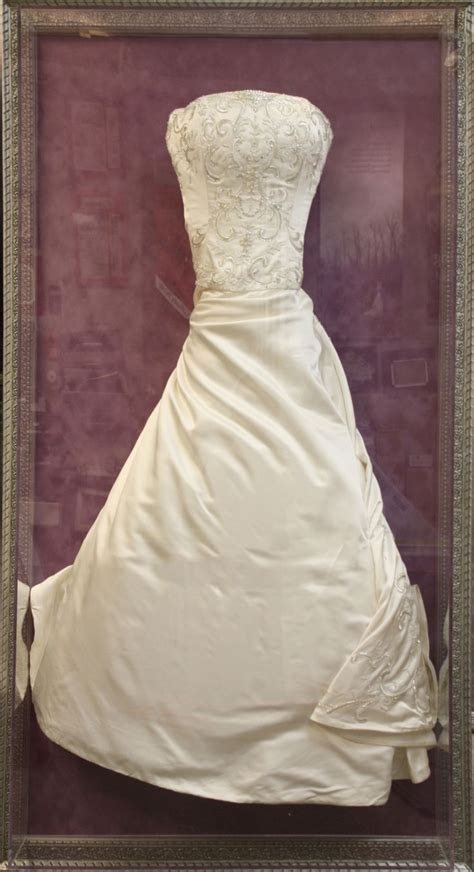 17 Best images about Wedding Dress Display on Pinterest