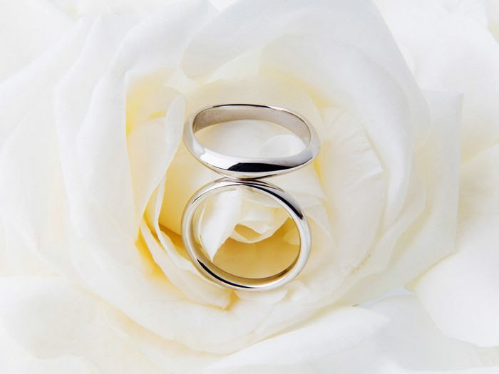 Wedding rings and accessories