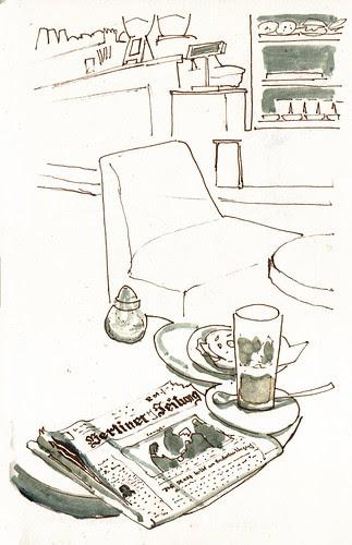 Cafe und Zeitung