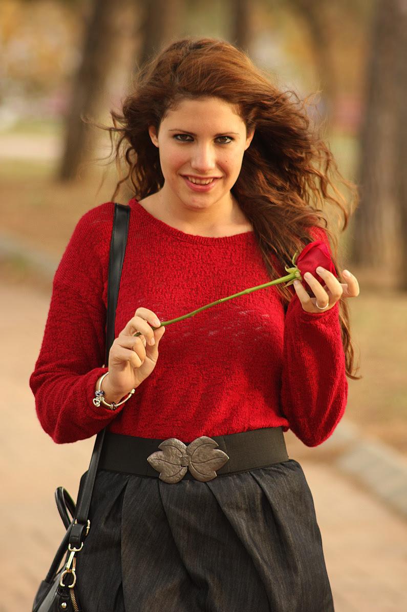 HeelsandRoses-jersey-burgundy-con-falda-vaquera-(7)