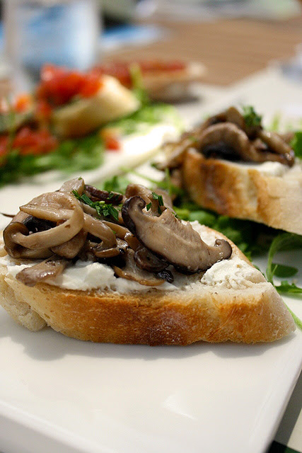 Tapas - Esotico Funghi Saltati (S$9.80): Morel, oyster, shiitake and button mushrooms