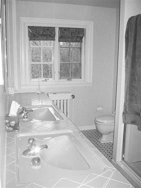 Before and After: Bathroom Renovations and Makeovers