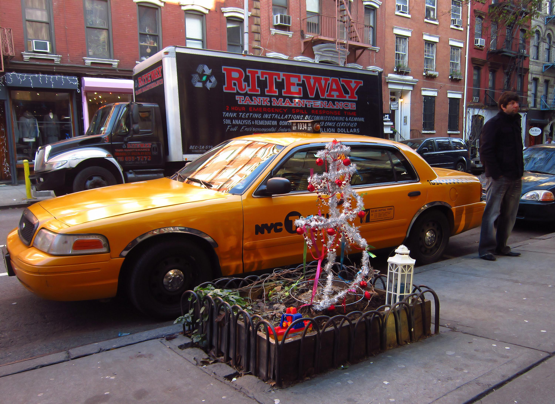 Christmas on 9th Street