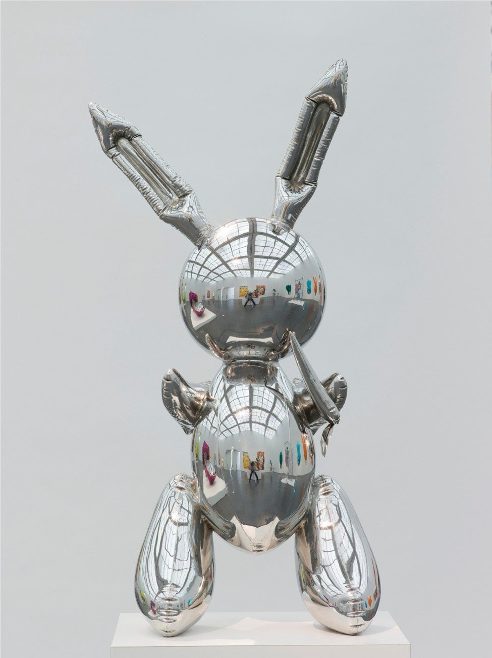 Jeff Koons. Rabbit, 1986. (Photo / Nathan Keay, © MCA Chicago)