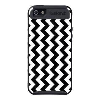 Black and White Zigzag