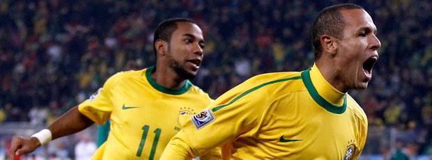 Luis Fabiano comemoração Brasil