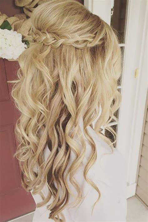 33 Oh So Perfect Curly Wedding Hairstyles   Hair colors