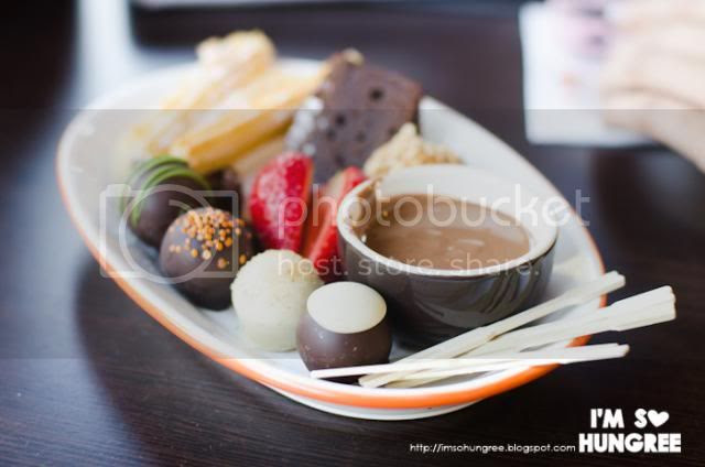 photo san-churros-winter-menu-chocolate-1800_zps5c68593a.jpg