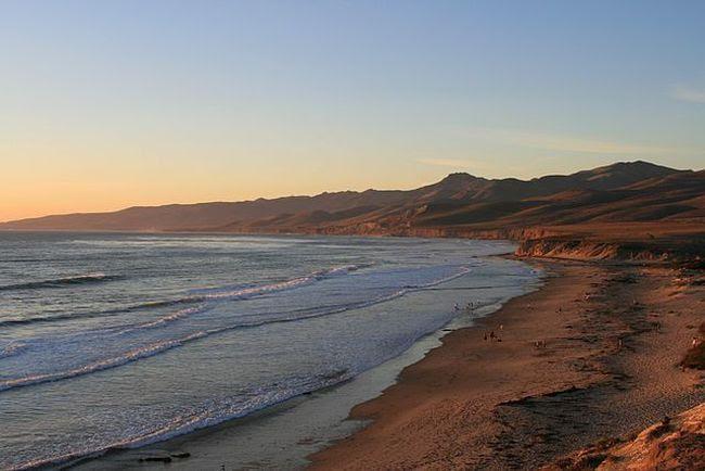 Setelah 100 Tahun, Akhirnya Pantai Ini Kembali Dibuka
