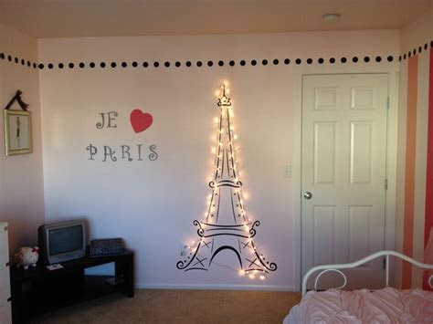 lit eiffel tower   daughters paris themed room