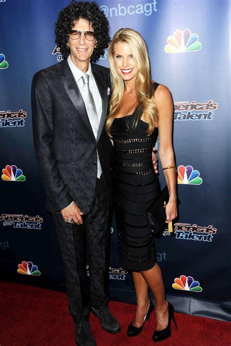 Celebrity Wedding Anniversary: Howard Stern and Beth