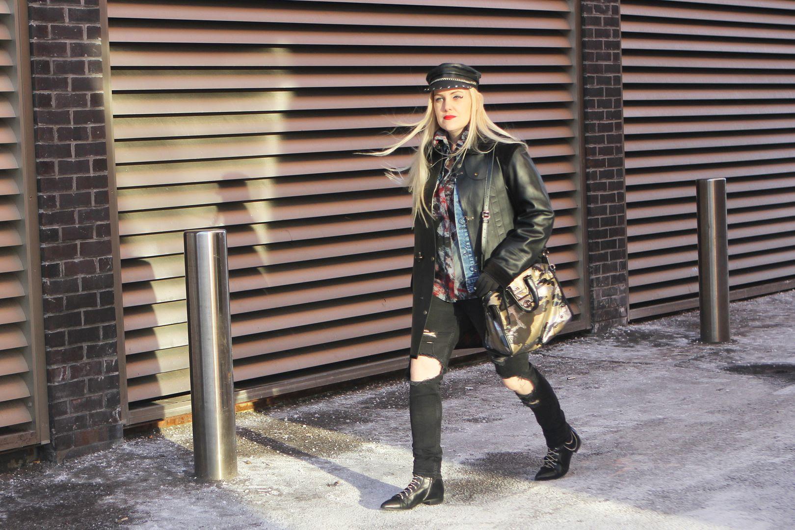 photo sambeckerman-fashion-blogger-street-style-leathercoach-rhyder-camouflage-numberoneblogincanada-fashion_zpsfa7699b4.jpg