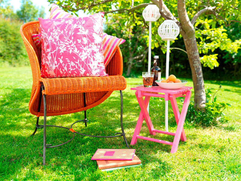 Best Paint To Use On Outdoor Wood Furniture