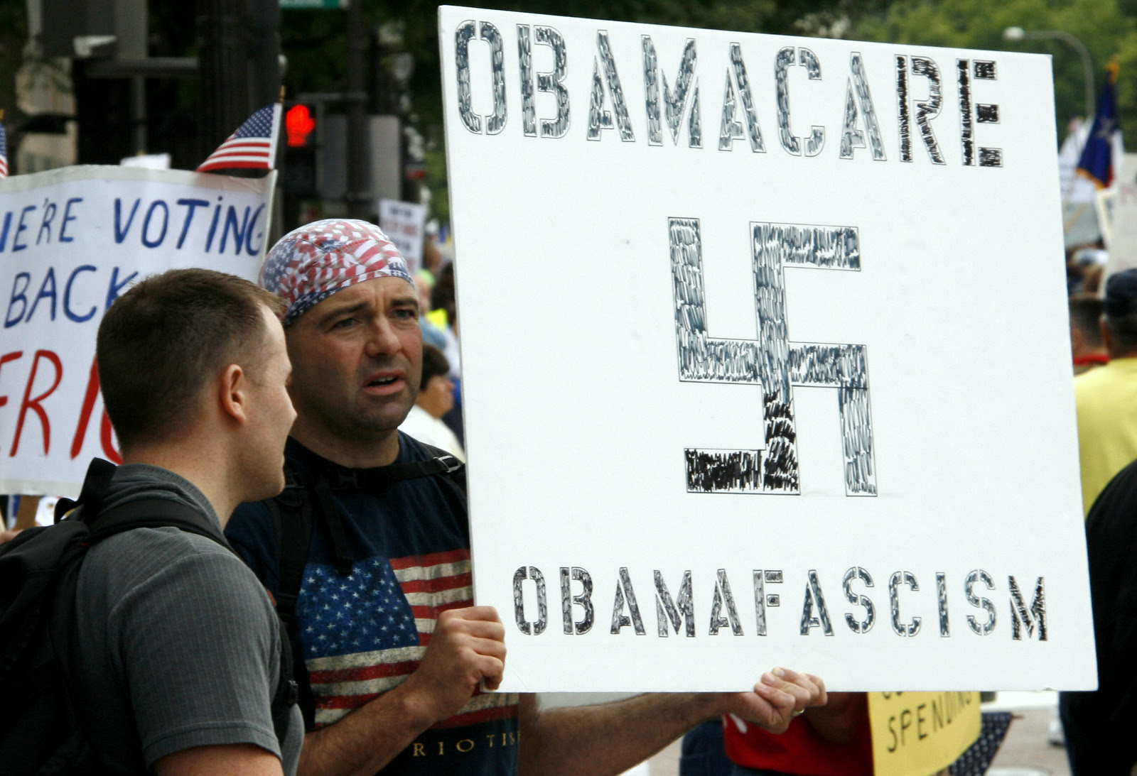 tea_party_placard_obamafascism-001