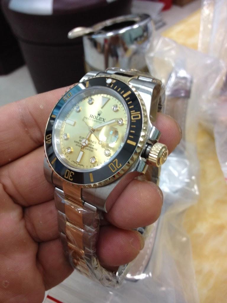 Rolex Submariner 116613 LN Crown