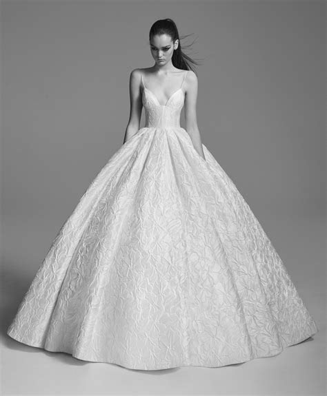 Alex Perry Bridal Collection   Sposa 21   We ? Wedding Dresses