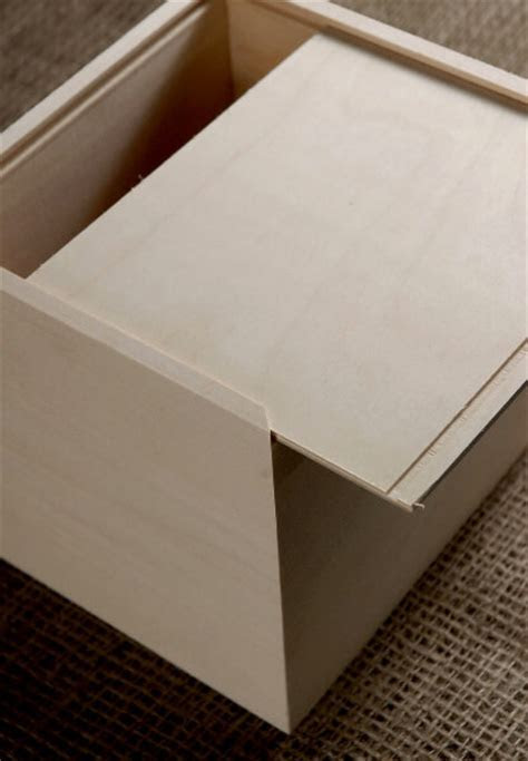 Unfinished Wood Box Sliding Lid 6in x 6.5in