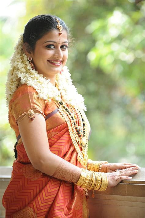 Wedding Dress For Bride In Kerala ? Fashion Name