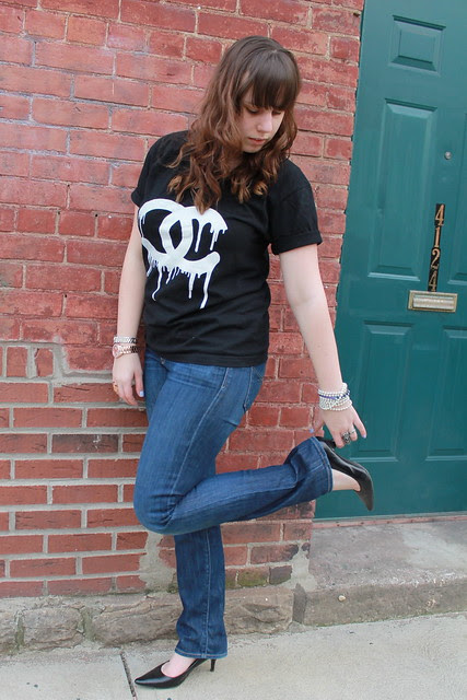 Basics outfit: Gap straight-leg jeans, Target pointy heels, Zevs Chanel t-shirt, lots of bracelets and rings
