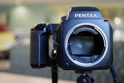 pentax 645n product shots with pentax da 35mm f/2.8 1:1 macro limited