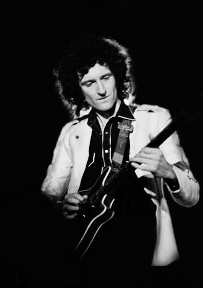 El ex guitarrista de Queen diseñó en los 60 un instrumento con las características propias de lo que él consideraba la guitarra perfecta. Foto: Wikimedia Commons