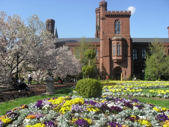 Photos of Smithsonian Institution Building, Washington DC