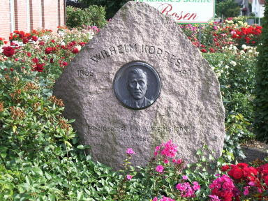 Gedenkstein Wilhelm Kordes I Foto Wikipedia