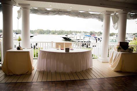 The Snapper Inn Waterfront Restaurant   Oakdale, NY