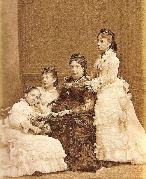 Queen Doña Iabel II of Spain with her three youngest daughters: Pilar, Paz and Eulalia