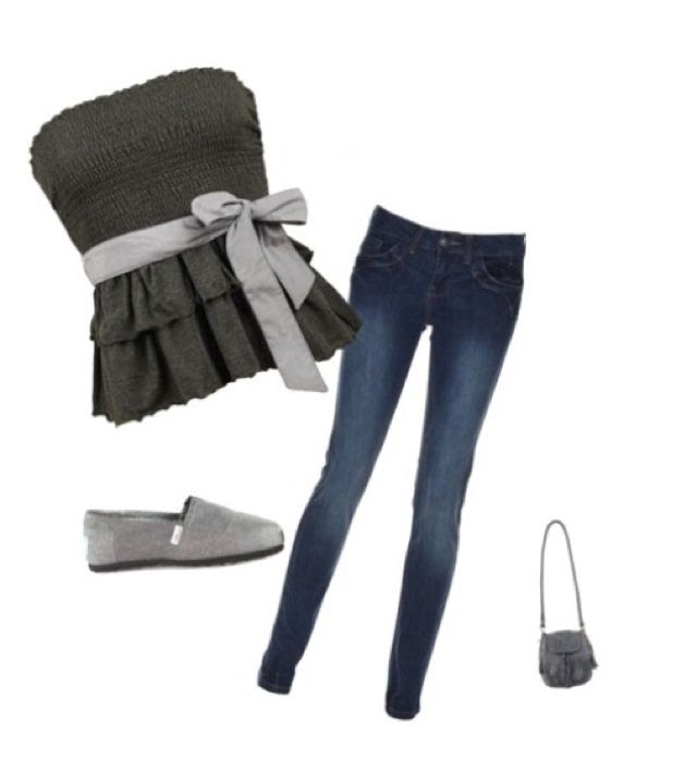 Cute teen, first day of school outfit.