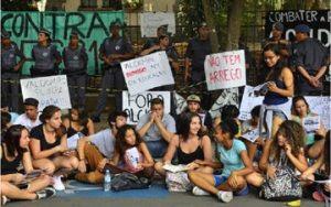 Secretaria da Educação exclui de avaliação estudantes de escolas ocupadas em SP