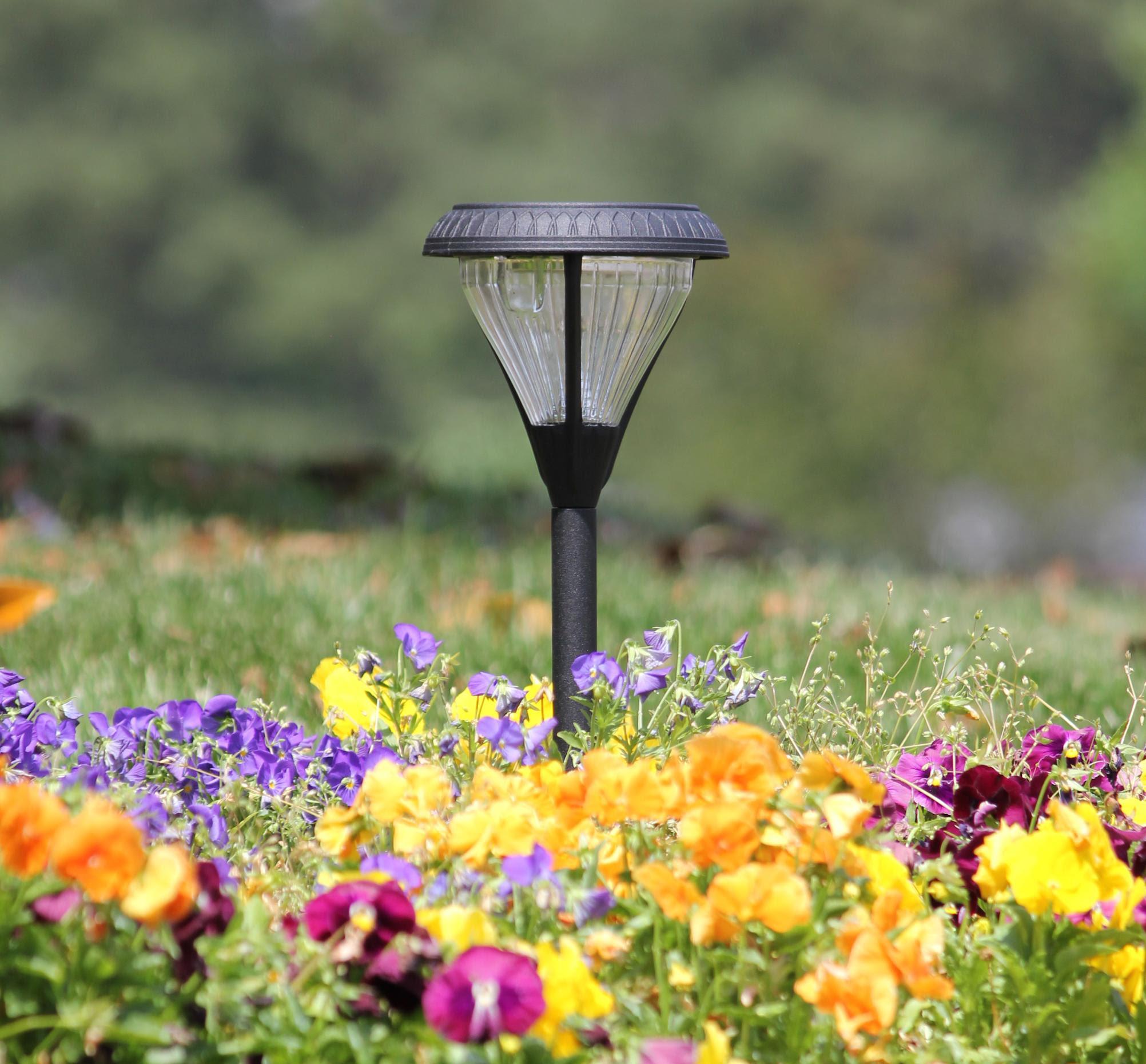 Amazon.com : Gama Sonic Premier Solar Landscape Path and Garden Light, Black Finish, Set of 2