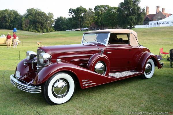1945 Cadillac Fleetwood - Information and photos - MOMENTcar