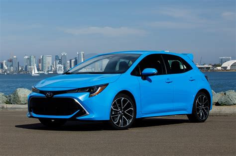 toyota corolla hatchback  drive  unexpected