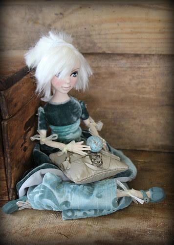 Birdy art doll