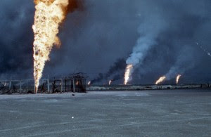 As U.S. military forces entered Kuwait in 1991, Iraqi President Saddam Hussein set the country's oil wells on fire. The smoke was so thick that the service members couldn't see the sun, and droplets of oil rained down from the sky. (Bergmann & Moore/Kelly Kennedy)