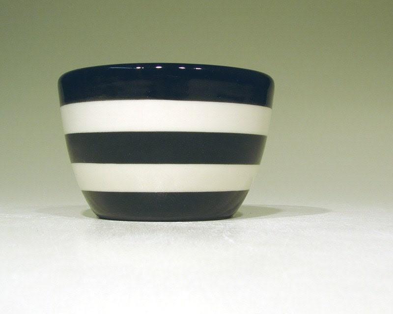 9oz bowl striped (b/w)