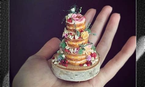 Tiers Of Joy: This Woman Makes Teeny Tiny Wedding Cakes