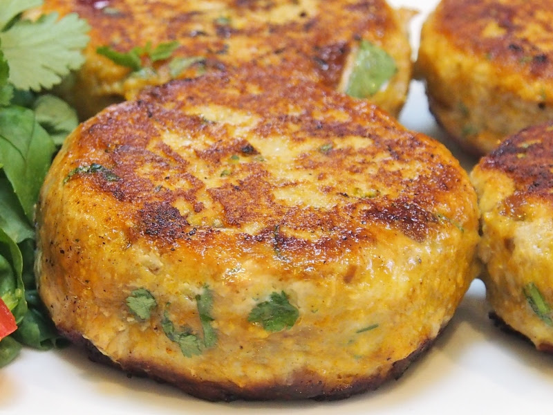 Indian Spiced Turkey Burgers   Healthy Home Cafe