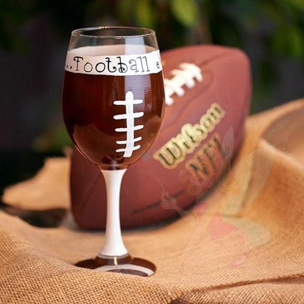 Artistic wine glass painting ideas (19)