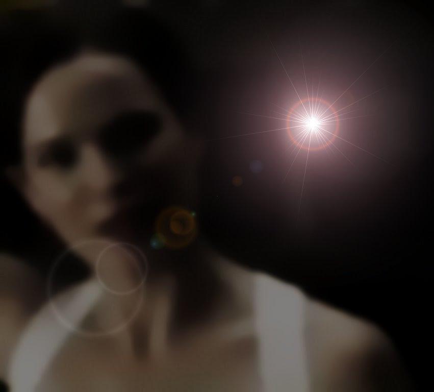 Janine Eser Graphic Alien Hunter