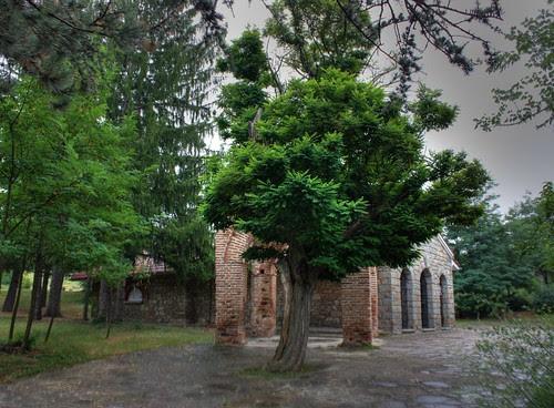 Kazanlak's tomb protective structure