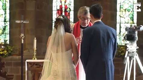 Groom leaves bride standing at the altar after 'forgetting