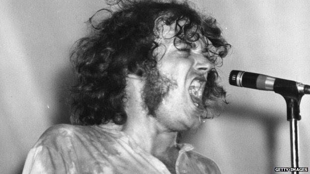 Singer Joe Cocker dies aged 70 after cancer battle