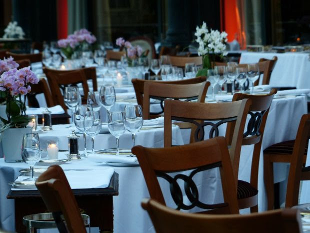 table-188982_1280