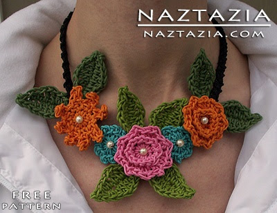 Free Pattern - Crochet Flower Necklace Sarah's Florals by Naztazia