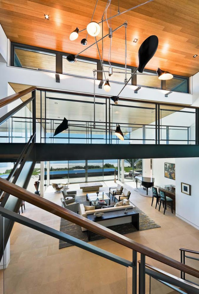 Modern staircase light feature