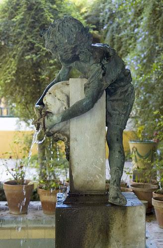 Joven Baco. Escultura de Benlliure. Jardín Casa de Pilatos. Sevilla